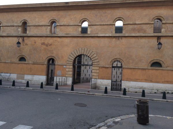 Entrance to court in Aix-en-Provence